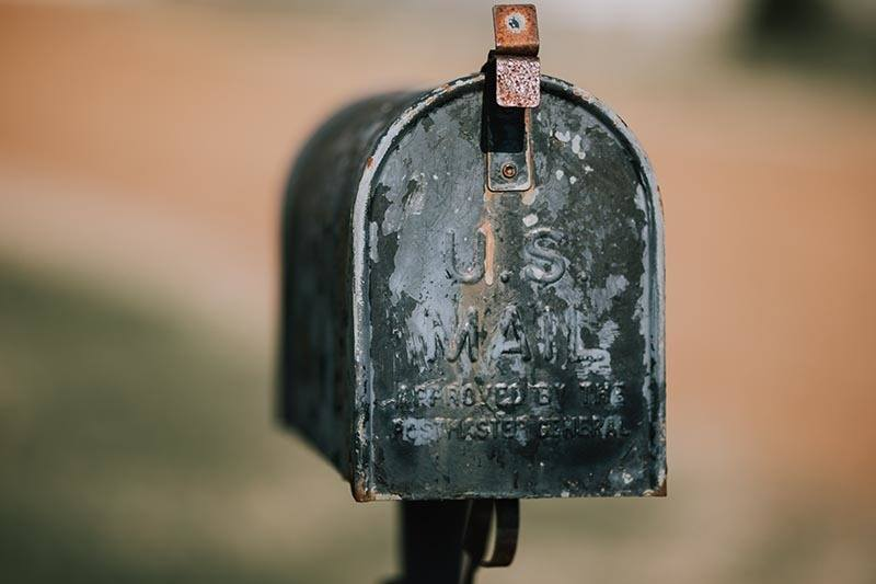 This is a picture of a US mail box waiting for someone's money made online to arrive.